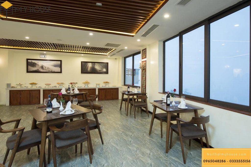 Nội thất được thiết kế với 100% gỗ tự nhiên